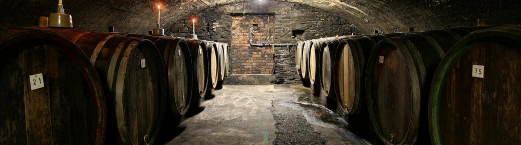 02-Wine-cellar-957x271
